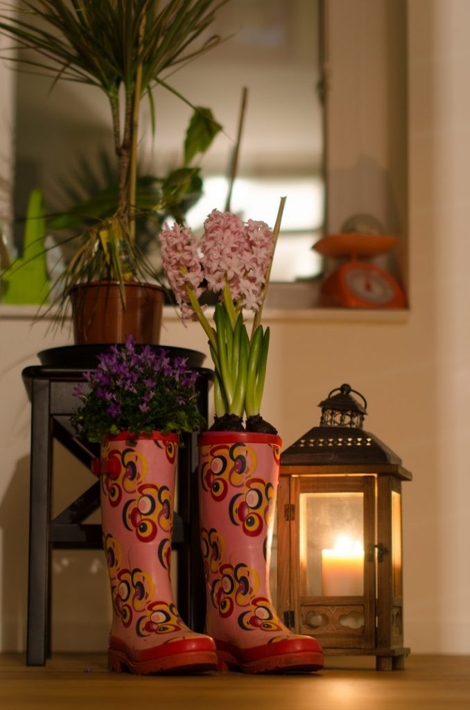 Gummistiefel bepflanzen Deko Blumen