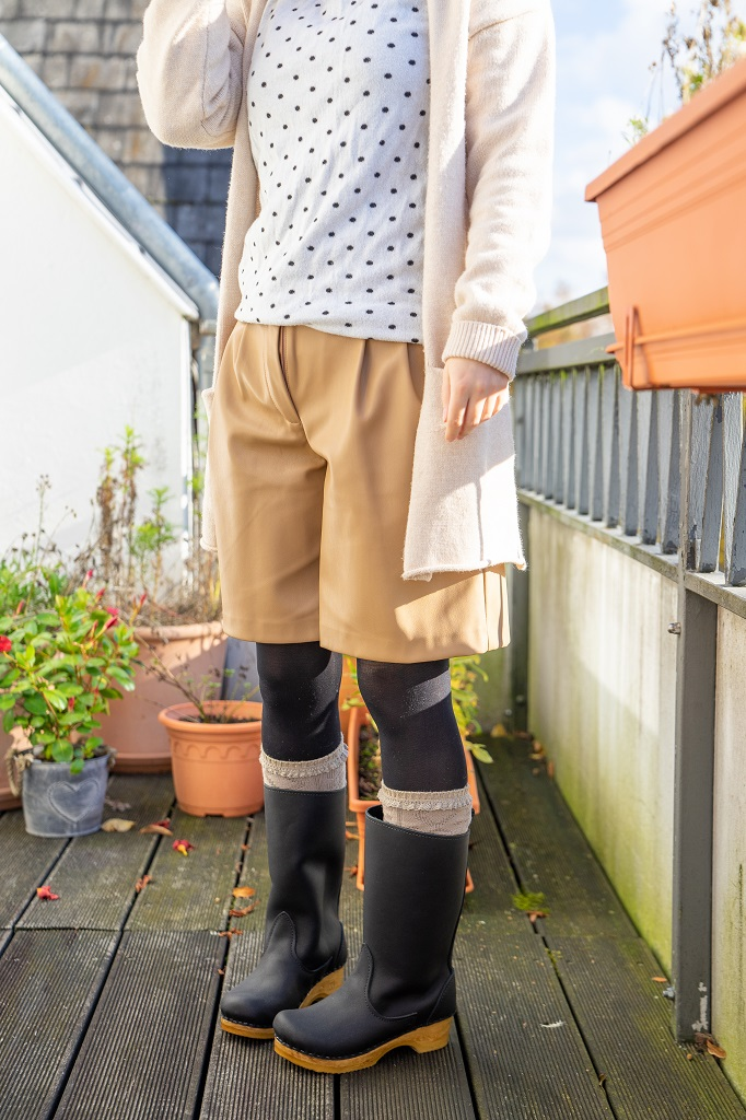 Sven Stiefelclogs Holzclogs Bermuda Shorts Herbst Winter Outfit