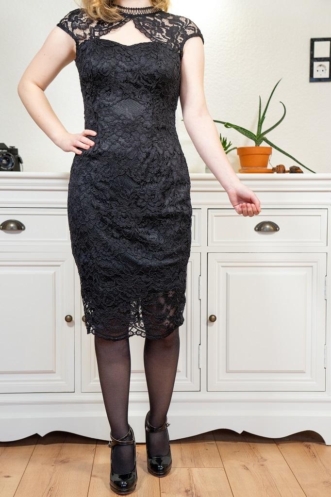 Petite Mode für kleine Frauen unter 1,60m Abendkleid Outfit